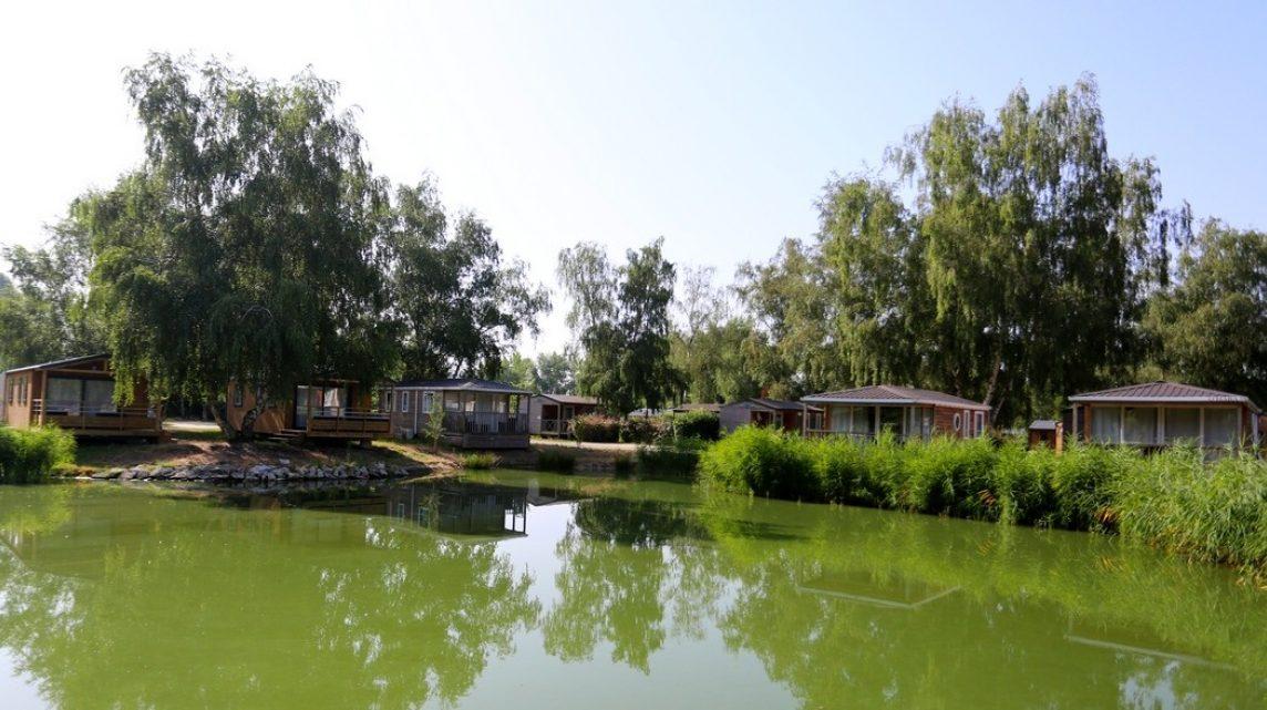 Campings Ouverts A L Annee Partir En Liberte Avant De Choisir Son Camping Campingfrance Com