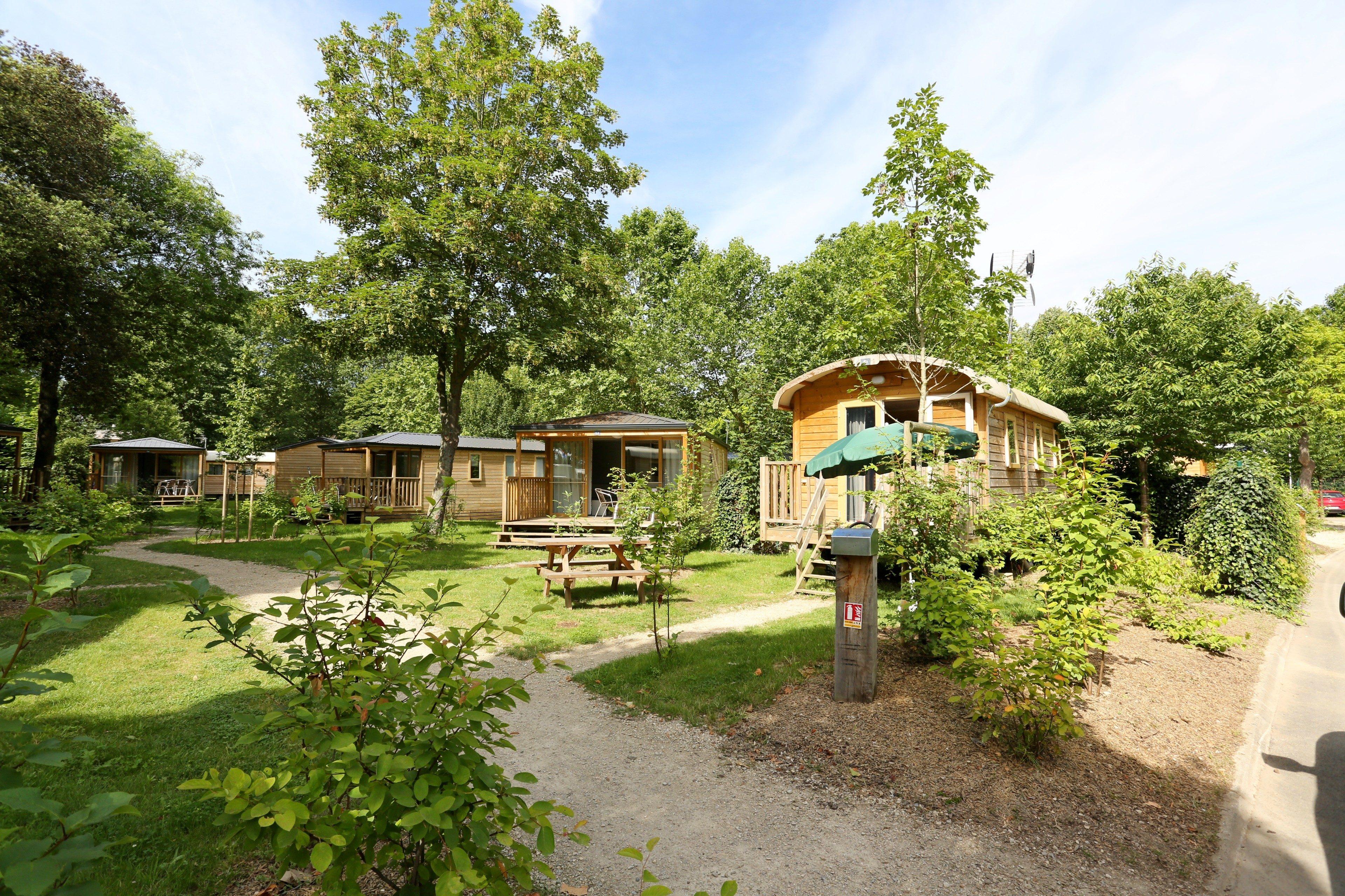 campings ouverts l ann e partir en libert avant de choisir son camping. Black Bedroom Furniture Sets. Home Design Ideas