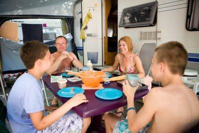 LA PERGOLA-Un camping en bord de mer-STE MARIE