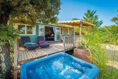 ESTEREL CARAVANING-Les hébergements insolites du camping ESTEREL CARAVANING-SAINT RAPHAEL