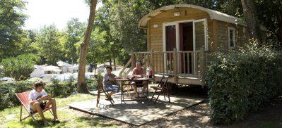 LE PETIT ROCHER-Les hébergements insolites du camping LE PETIT ROCHER-LONGEVILLE SUR MER