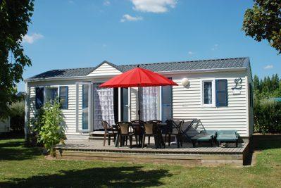 LES EMBRUNS-Les mobil-homes du camping LES EMBRUNS-CLOHARS CARNOET