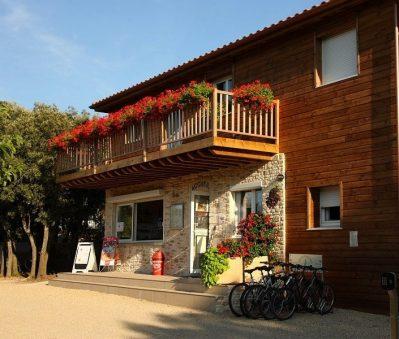 LES CHENES-Le camping LES CHENES, das Departement Gard-JUNAS