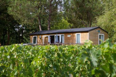 LE PRESSOIR-Hébergements haut de gamme du camping LE PRESSOIR-PETIT PALAIS ET CORNEMPS