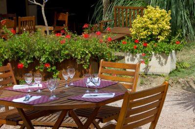 LE PRESSOIR-Le restaurant du camping LE PRESSOIR-PETIT PALAIS ET CORNEMPS