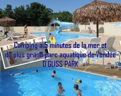 LES MANCELLIERES-La piscine couverte et chauffée du camping LES MANCELLIERES-AVRILLE