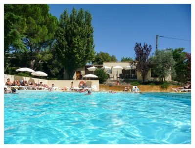 CAMPING FONTISSON-La piscine du camping CAMPING FONTISSON-CHATEAUNEUF DE GADAGNE