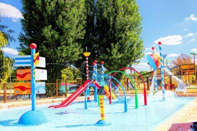 LES PENEYRALS-Jeux aquatiques au camping LES PENEYRALS, la Dordogne-SAINT CREPIN ET CARLUCET