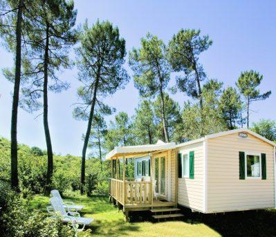 LES PENEYRALS-Les mobil-homes du camping LES PENEYRALS-SAINT CREPIN ET CARLUCET
