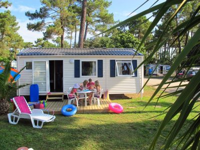 PALMYRE LOISIRS-Les mobil-homes du camping PALMYRE LOISIRS-MATHES