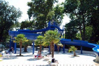 LA CLAIRIERE-Jeux aquatiques au camping LA CLAIRIERE, la Charente-Maritime-TREMBLADE