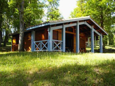 LAC DE LISLEBONNE-Les chalets du camping LAC DE LISLEBONNE-REAUP LISSE