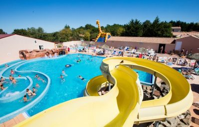 LA GUYONNIERE-La piscine du camping LA GUYONNIERE-SAINT JULIEN DES LANDES