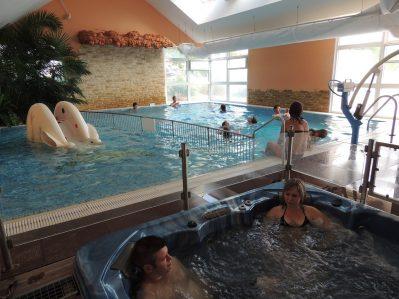 L'ARADA PARC-La piscine couverte et chauffée du camping L'ARADA PARC-SONZAY