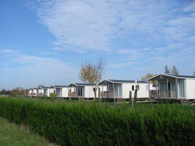 LAC DE SAUJON-Les mobil-homes du camping LAC DE SAUJON-SAUJON
