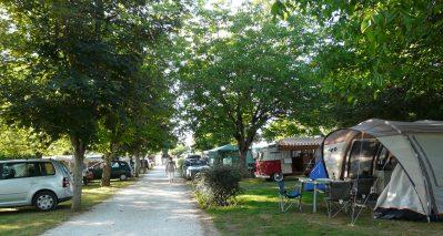 LE VENTOULOU-Les emplacements du camping LE VENTOULOU-THEGRA