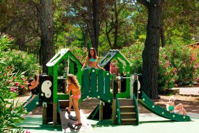LE DOMAINE D'ANGHIONE-Espace jeux pour les enfants-CASTELLARE DI CASINCA