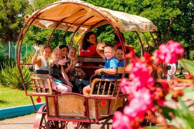 LE DOMAINE D'ANGHIONE-Un camping fleuri-CASTELLARE DI CASINCA