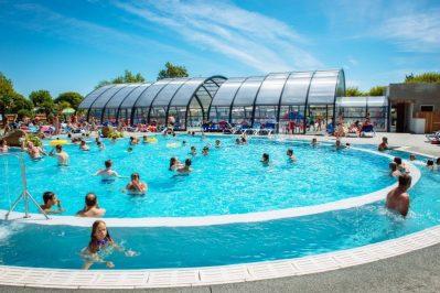 L'OCEANO D'OR-La piscine du camping L'OCEANO D'OR-JARD SUR MER