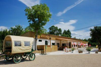 LE LIDON-Le restaurant du camping LE LIDON-SAINT HILAIRE LA PALUD