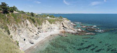 LES CRIQUES DE PORTEILS-Accès direct à la plage pour le camping LES CRIQUES DE PORTEILS-ARGELES SUR MER