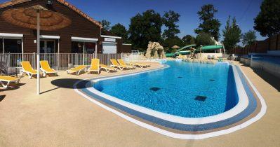 LE PATISSEAU-La piscine du camping LE PATISSEAU-PORNIC