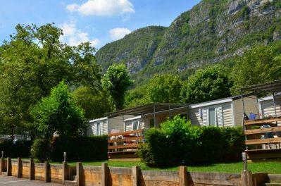 LES FONTAINES-Les mobil-homes du camping LES FONTAINES-LATHUILE