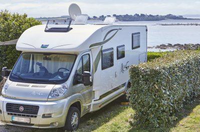 CROMENAC'H 1-Accès direct à la plage pour le camping CROMENAC'H 1-AMBON