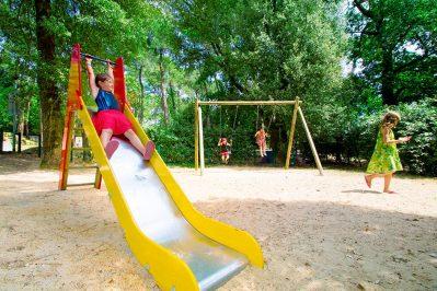 LE BOIS D'AMOUR-Espace jeux pour les enfants-BAULE ESCOUBLAC
