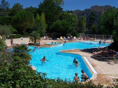 GERVANNE CAMPING-La piscine du camping GERVANNE CAMPING-MIRABEL ET BLACONS