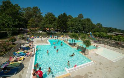 LA COTE-La piscine du camping LA COTE-MESSANGES
