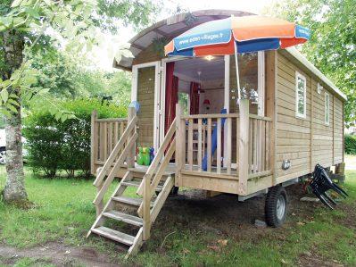 DOMAINE DE BREHADOUR-Les hébergements insolites du camping DOMAINE DE BREHADOUR-GUERANDE
