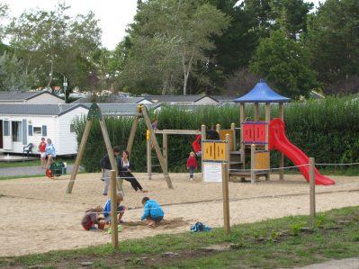 DOMAINE DE BREHADOUR-Espace jeux pour les enfants-GUERANDE