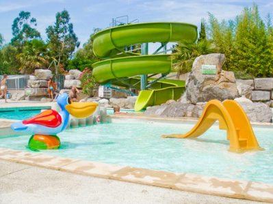 LE CHAMADOU-Jeux aquatiques au camping LE CHAMADOU, l'Ardèche-BALAZUC