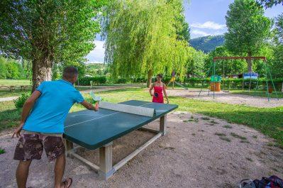 LES 2 VALLEES-Espace jeux pour les enfants-NANT