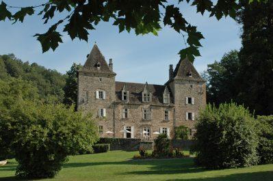 CHATEAU DU GIBANEL-Le camping CHATEAU DU GIBANEL, das Departement Corrèze-SAINT MARTIAL ENTRAYGUES