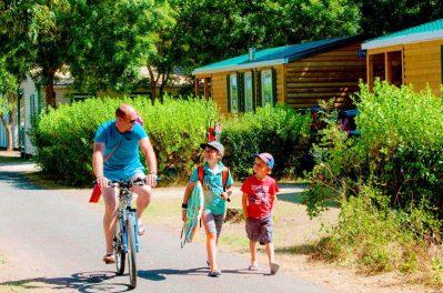 LES HUTTES-Le camping LES HUTTES, das Departement Charente-Maritime-SAINT DENIS D'OLERON