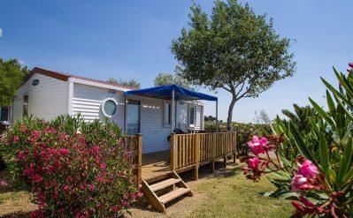 BEAU RIVAGE-Hébergements haut de gamme du camping BEAU RIVAGE-MEZE