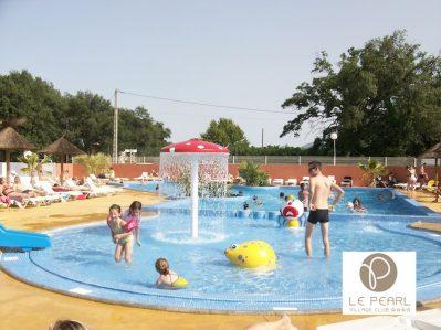 LE PEARL - VILLAGE CLUB-Jeux aquatiques au camping LE PEARL - VILLAGE CLUB, das Departement Pyrénées-Orientales-ARGELES SUR MER