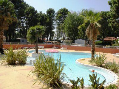 LE BOSQUET-La piscine du camping LE BOSQUET-CANET EN ROUSSILLON