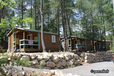 BOIS SIMONET-Le camping BOIS SIMONET, das Departement Ardèche-JOYEUSE