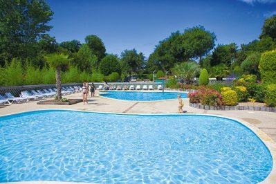 DOMAINE DE KERMARIO-La piscine du camping DOMAINE DE KERMARIO-CARNAC