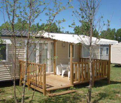 LE LAC-Les mobil-homes du camping LE LAC-CURBANS