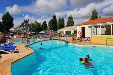 LA BOLEE D'AIR-La piscine du camping LA BOLEE D'AIR-SAINT VINCENT SUR JARD