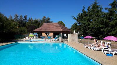 CAMPING DE SAULIEU-La piscine du camping CAMPING DE SAULIEU-SAULIEU