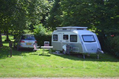 CAMPING DE SAULIEU-Les emplacements du camping CAMPING DE SAULIEU-SAULIEU