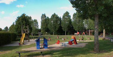CAMPING DE SAULIEU-Espace jeux pour les enfants-SAULIEU
