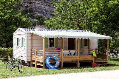 LA PLAGE FLEURIE-Les mobil-homes du camping LA PLAGE FLEURIE-VALLON PONT D'ARC