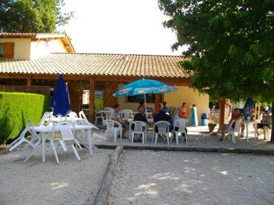 LES FRANQUETTES-Le bar du camping LES FRANQUETTES-GRAYAN ET L HOPITAL