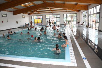 L'ANSE DES PINS-La piscine couverte et chauffée du camping L'ANSE DES PINS-SAINT GEORGES D'OLERON